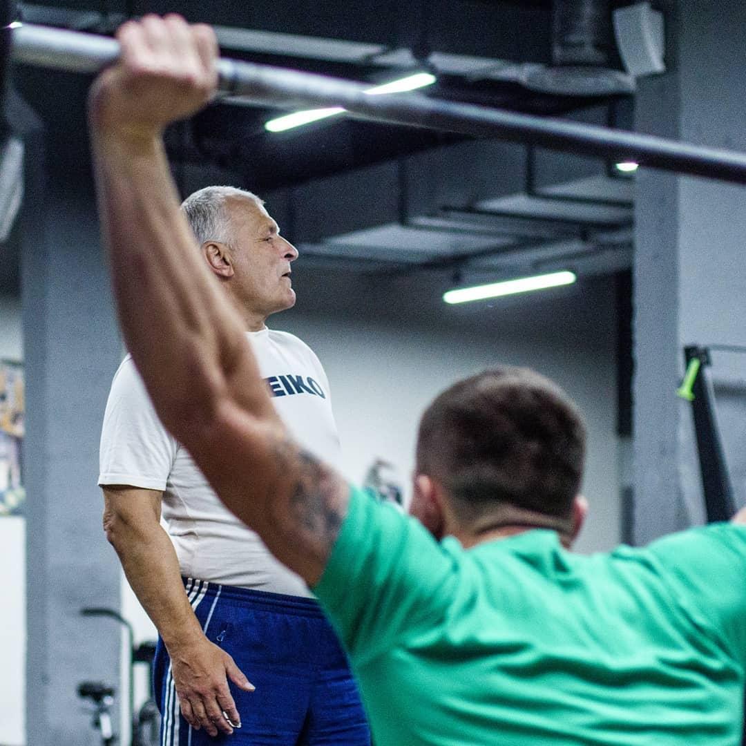 Тяжёлая атлетика с Поповым
