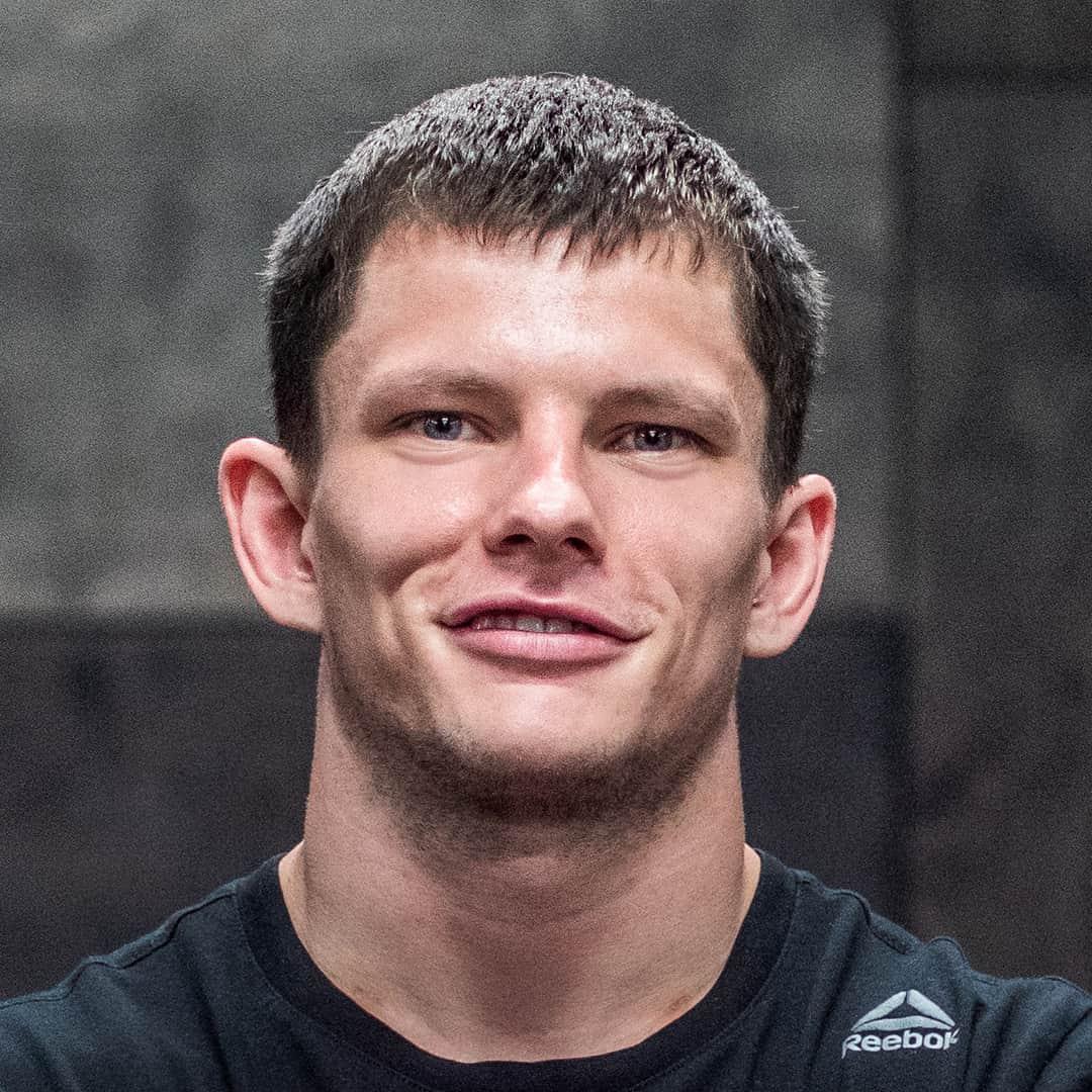 Влад Юнжаков